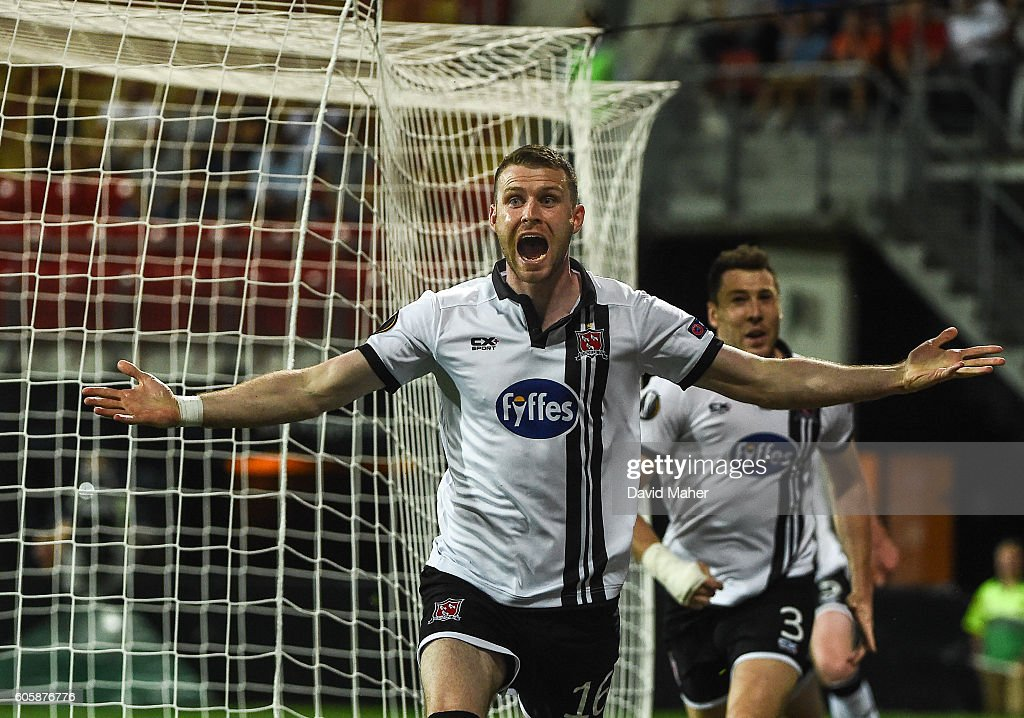 AZ Alkmaar v Dundalk - UEFA Europa League Group D : News Photo