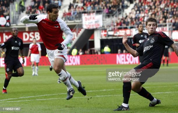 AZ Alkmaar player Mounir El Hamdaoui scores the 10 against Ajax on October 25 2009 in Alkmaar AZ lost the game with 42 AFP PHOTO/ ANP MARCEL...