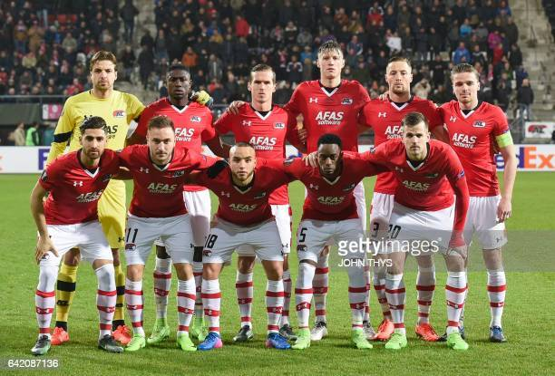 Alkmaar's players pose for a photo prior to the UEFA Europa League football match between AZ Alkmaar and Olympique Lyonnais at the Afas Stadium in...