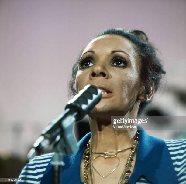 All about Shirley, Porträt eines Weltstars, Dokumentation, Deutschland 1972, im Bild: britische Sängerin Shirley Bassey.