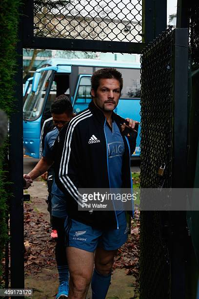 All Black captain Richie McCaw arrives for the New Zealand All Blacks training session at Sophia Gardens on November 18, 2014 in Cardiff, Wales.