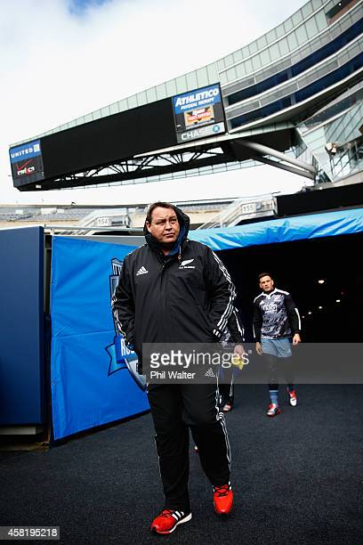 All Black coach Steve Hansen walks out for the New Zealand All Blacks Captain's run at Soldier Field on October 31, 2014 in Chicago, Illinois.