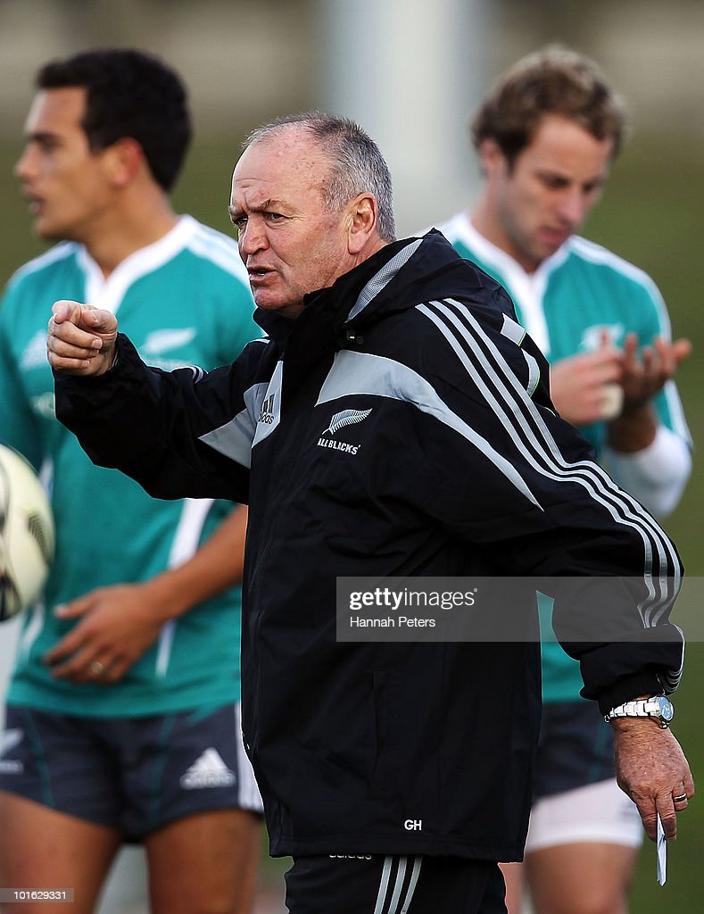 All Blacks head coach Graham Henry gives directions to the team during a New Zealand All Blacks training session at Trusts Stadium on June 5, 2010 in Auckland, New Zealand.