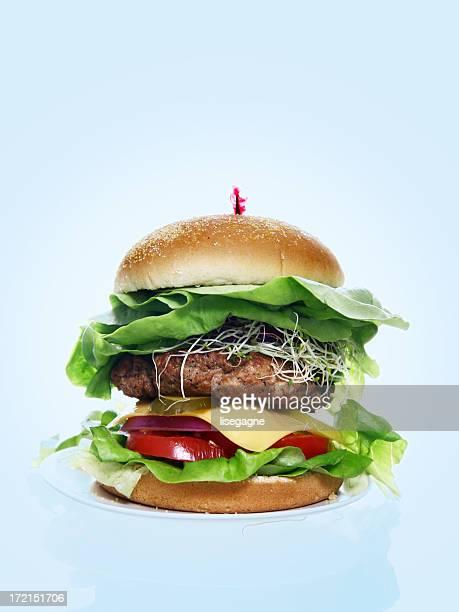 Los vestidos hamburguesa sobre azul