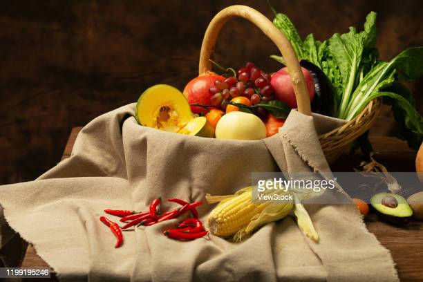 all kinds of fruits and vegetables - arrangement stock pictures, royalty-free photos & images