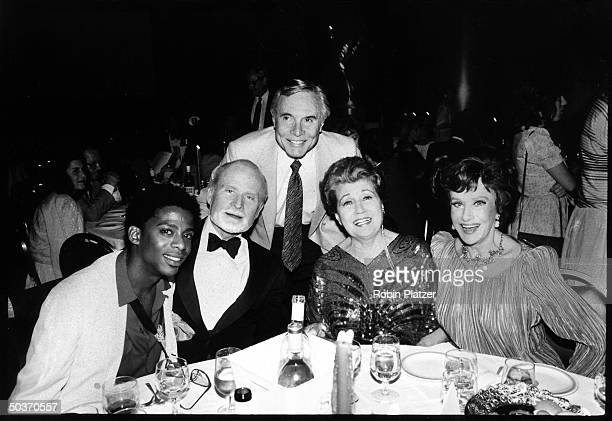 All My Children cast members Darnell Williams Louis Edmonds James Mitchell Eileen Herlie and Ruth Warrick sharing table at Emmy Daytime Awards