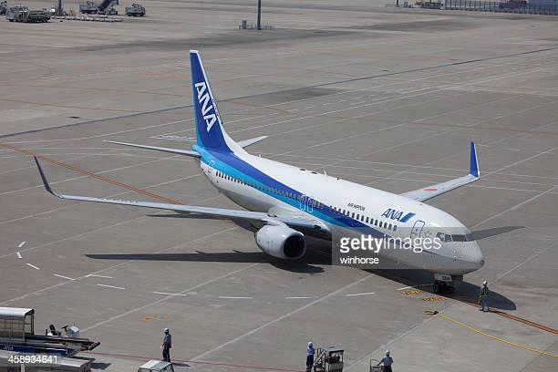 全日空ボーイング 737-800 - 中部国際空港 ストックフォトと画像