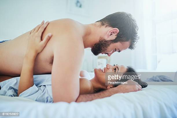 all of me loves all of you - erotische stockfoto's en -beelden