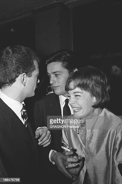 All Paris Came To Applaud Edith Piaf At The Olympia Le tout Paris venu applaudir Edith PIAF à l'Olympia dans la salle Romy SCHNEIDER éclatant de rire...