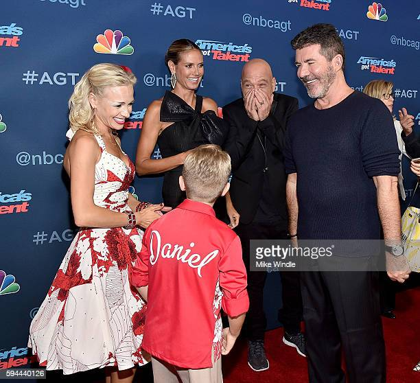 Alla Daniel Heidi Klum Howie Mandel and Simon Cowell attend the America's Got Talent Season 11 Live Show at Dolby Theatre on August 23 2016 in...