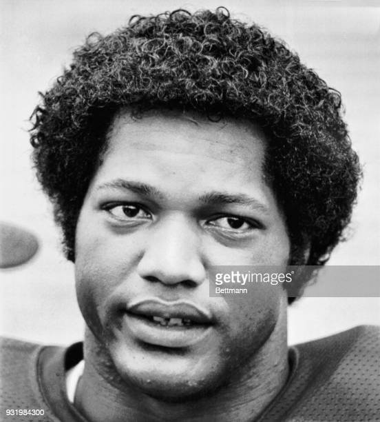AllAmerican nose guard Ron Simmons of Florida State University shown in this file photo has been arrested along with tackle Ken Lanier of Columbus...