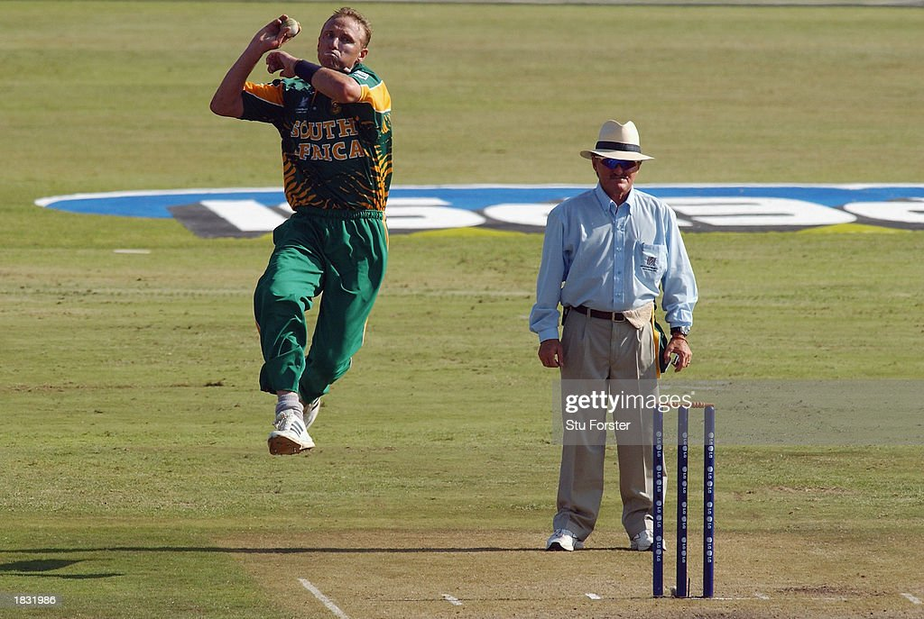 Allan Donald of South Africa bowls during the ICC Cricket World Cup 2003 Pool B match between Canada and South Africa held on February 27, 2003 at Buffalo Park, in East London, South Africa. South Africa won the match by 118 runs.
