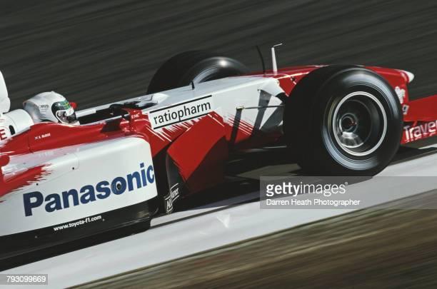 Allan McNish of Great Britain drives the Panasonic Toyota Racing Toyota TF102Toyota RVX02 V10 during the Formula One San Marino Grand Prix on 14...