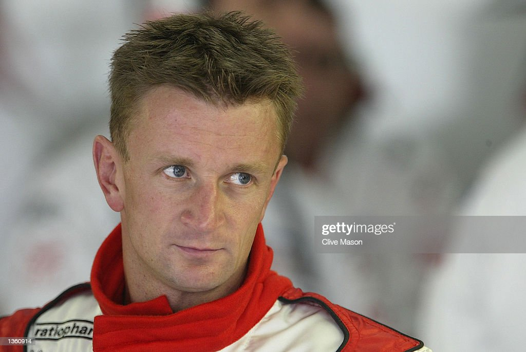 McNish awaits the start of first practice : News Photo