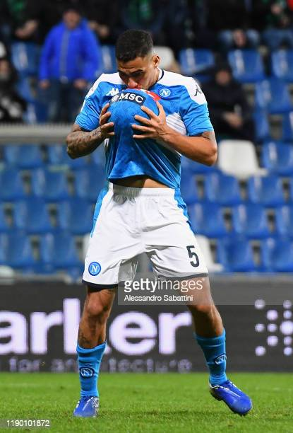 Allan of SSC Napoli celebrates after scoring the 1-1 goal during the Serie A match between US Sassuolo and SSC Napoli at Mapei Stadium - Citta del...