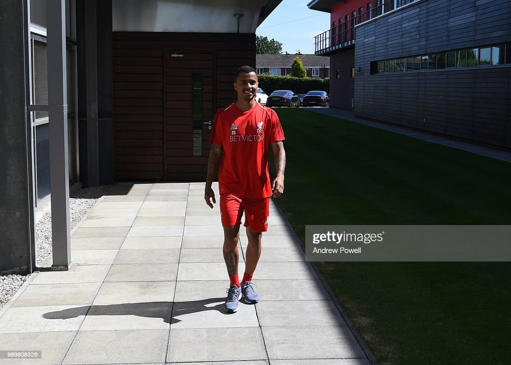 Liverpool Players Return to Pre-Season Training : Fotografia de notícias