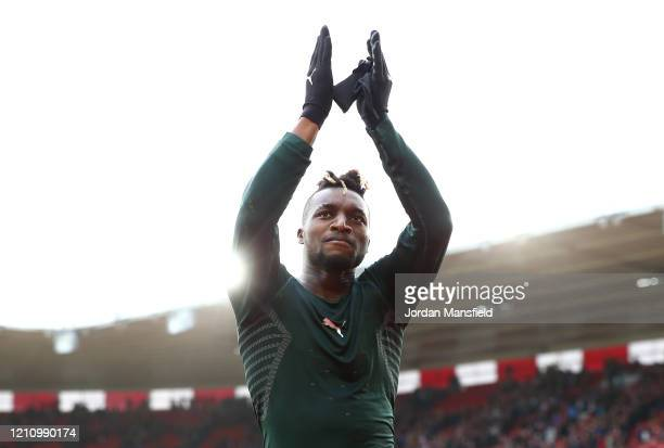 Allan SaintMaximin of Newcastle United applaud fans following his sides victory in the Premier League match between Southampton FC and Newcastle...