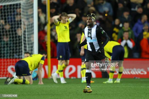 Allan Saint-Maximin of Newcastle United celebrates after scoring his team's third goal as the Oxford United players react during the FA Cup Fourth...