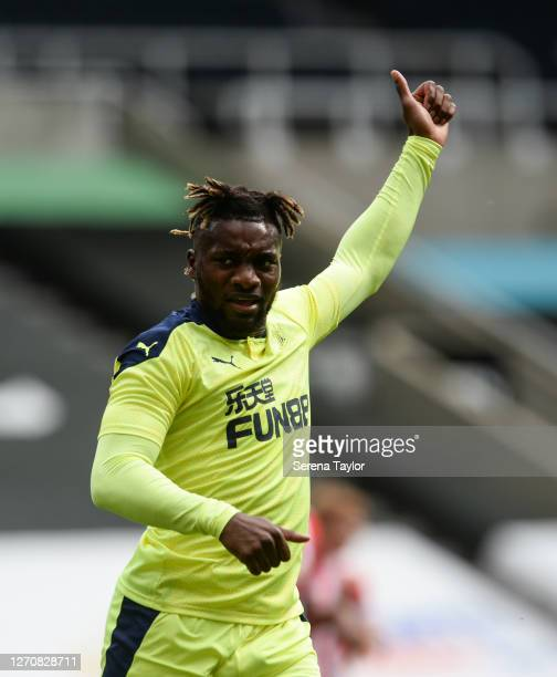 Allan SaintMaximin of Newcastle United FC gives the thumbs up during the Pre Season Friendly between Newcastle United and Stoke City at St James'...