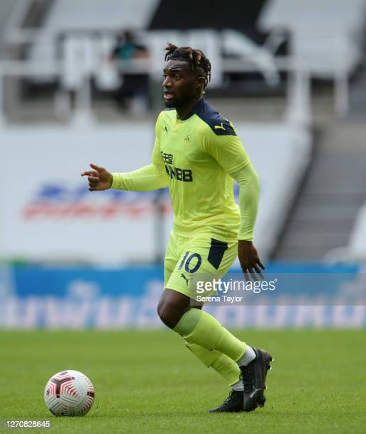 Allan SaintMaximin of Newcastle United FC looks to run with the ball during the Pre Season Friendly between Newcastle United and Stoke City at St...