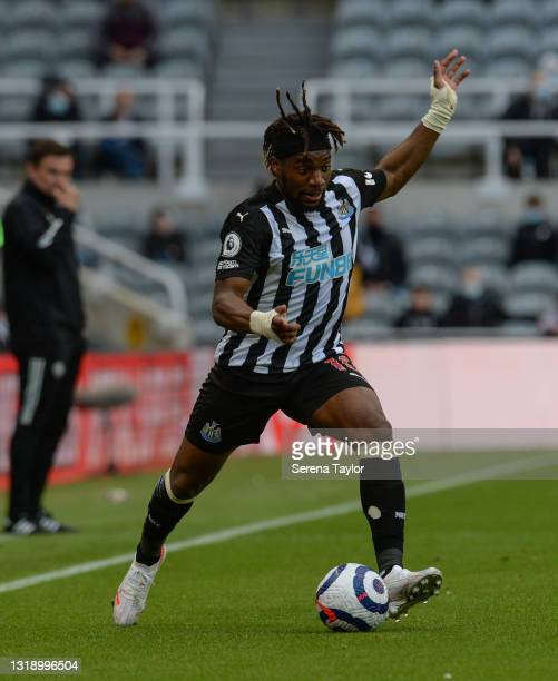 Allan Saint-Maximin of Newcastle United FC passes the ball during the Premier League match between Newcastle United and Sheffield United at St. James...