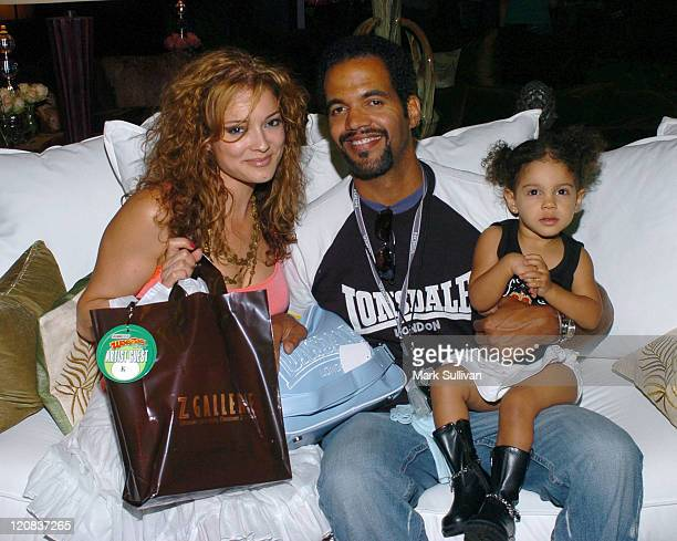 Allana Nadel Kristoff St John and daughter Lola in Backstage Creations Talent Retreat