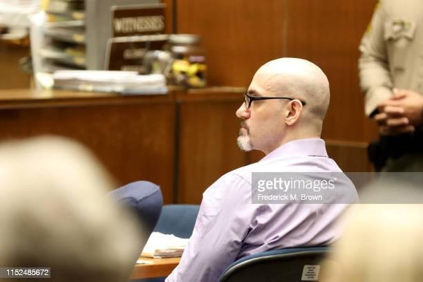 "Alleged serial killer Michael Gargiulo known as the ""Hollywood Ripper"" listens as Ashton Kutcher testifies during Gargiulo's trial of at the Clara..."