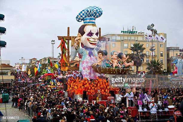 allegorical float during a mardi gras parade in italy - gras bildbanksfoton och bilder