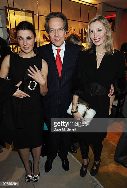 Allegra Donn Charles Marsh and Allegra Hicks attend the launch party for The Italian Touch at Tod's on November 4 2009 in London England