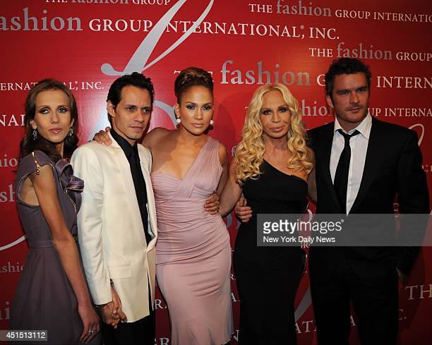Allegra Versace with Mark Anthony Jennifer Lopez Donatella Versace and Balthazar Ghetty at The Fashion Group International Dinner held at Cipriani