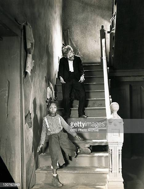 Allen Hoskins as Farina and Max Davidson as the lunatic in 'Moan Groan Inc' one of the Our Gang series later to be know as The Little Rascals...