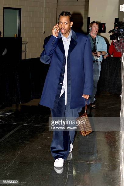 Allen Iverson of the Philadelphia 76ers arrives for the sixers' game against the Portland Trail Blazers December 28 2005 at the Rose Garden Arena in...