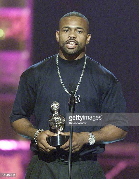 Allen Iverson won Athlete of the Year at 'The Source HipHop Music Awards 2000' at the Pasadena Civic Auditorium in Pasadena Ca 8/22/00