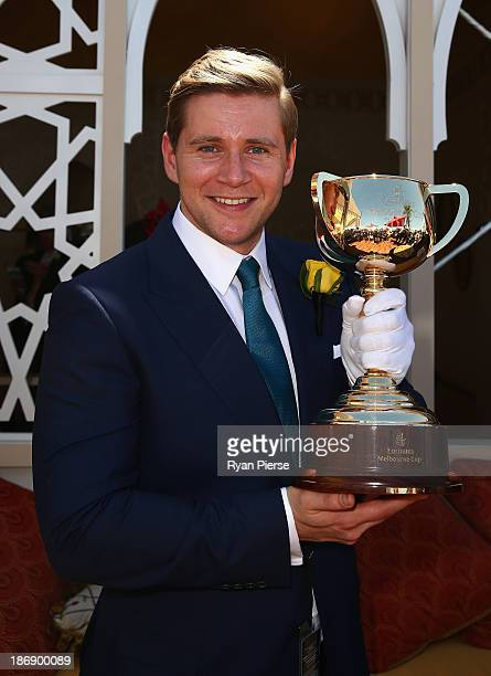 Allen Leech arrives during Melbourne Cup Day at Flemington Racecourse on November 5 2013 in Melbourne Australia