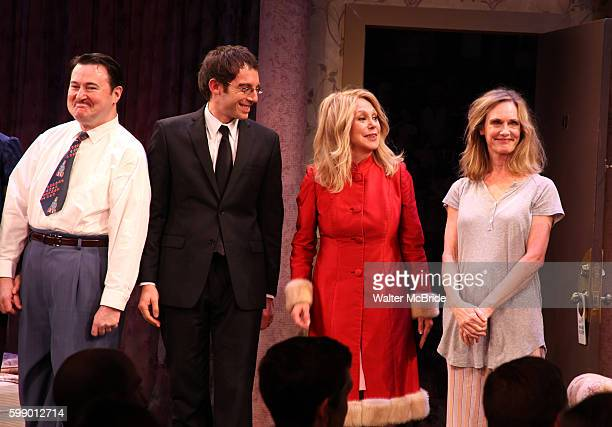 Allen Lewis Rickman, Max Gordon Moore, Marlo Thomas & Lisa Emery during the Opening Night Curtain Call for 'Relatively Speaking' at the Brooks...