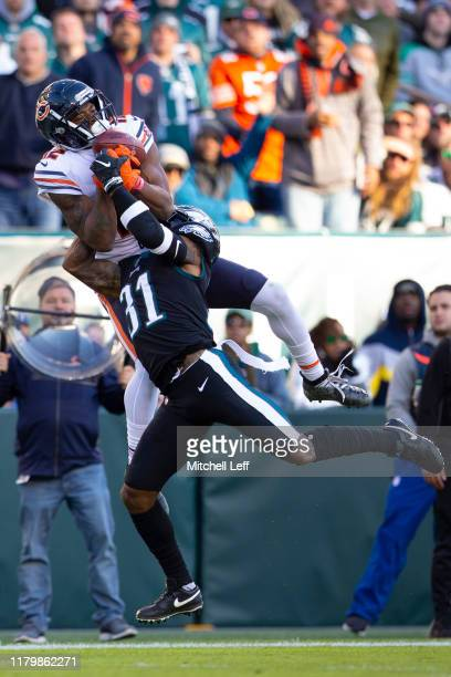 Allen Robinson of the Chicago Bears cannot make the catch against Jalen Mills of the Philadelphia Eagles in the third quarter at Lincoln Financial...