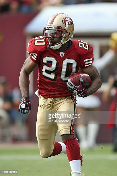 Allen Rossum of the San Francisco 49ers carries the ball during the game against the New England Patriots on October 5 2008 at Candlestick Park in...