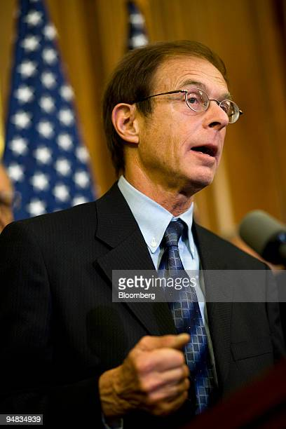 Allen Sinai chief economist at Decision Economics Inc speaks during a news conference in Washington DC US on Monday Oct 13 2008 Democratic leaders...