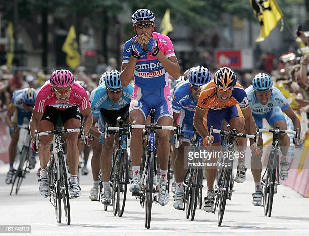 Allesandro Ballan of Italy and Team Lampre celebrates as he crosses the line to win the Vattenfall Cyclassics on August 19, 2007 in Hamburg, Germany.