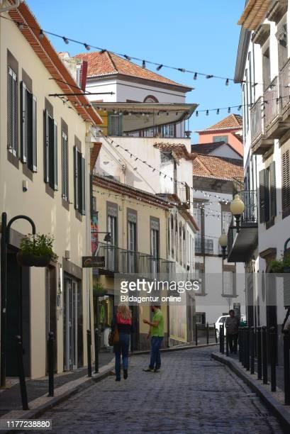 Alley in the old town, Rua pretas, Center, Funchal, Madeira, Portugal, Altstadtgasse, Rua Pretas, Zentrum.
