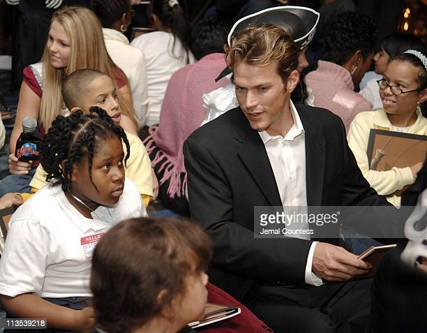 Alli LaForce Miss Teen USA and Jason Lewis during New York Knicks 'TipOff' ReadtoAchieve Campaign with Halloween Bash for Kids at Planet Hollywood at...