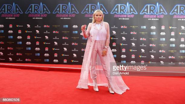 Ali Simpson arrives for the 31st Annual ARIA Awards 2017 at The Star on November 28 2017 in Sydney Australia