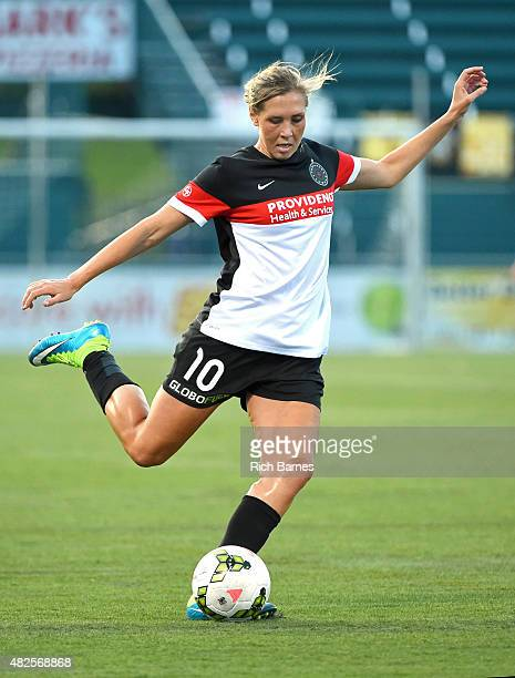 Allie Long of Portland Thorns FC passes the ball against the Western New York Flash during the first half at Sahlen's Stadium on July 29 2015 in...
