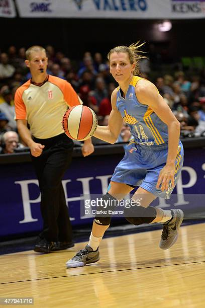 Allie Quigley of the Chicago Sky drives to the basket against the San Antonio Stars on June 20 2015 at Freeman Coliseum in San Antonio Texas NOTE TO...