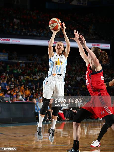 Allie Quigley of the Chicago Sky shoots the ball against the Washington Mystics on July 15 2015 at the Allstate Arena in Rosemont Illinois NOTE TO...