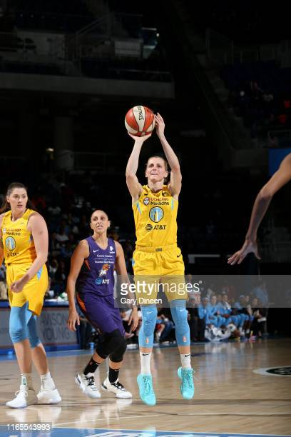 Allie Quigley of the Chicago Sky shoots the ball against the Phoenix Mercury on September 1 2019 at the Wintrust Arena in Chicago Illinois NOTE TO...