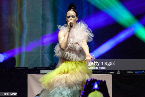 Allie X Pictures and Photos - Getty Images