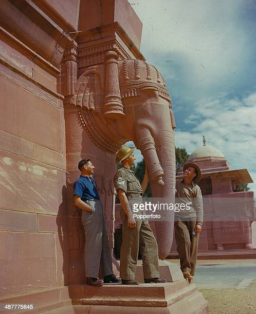 1945 Allied soldiers viewing Elephant statues in the grounds of the Viceroy's House Rashtrapati Bhavan New Delhi India February 1945