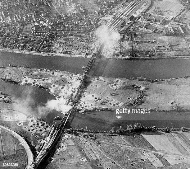 Allies bombing of Paris on May 8 1944 On the eve of DDay 18 road and rail bridges over the Seine between the western suburbs of Paris and Rouen will...