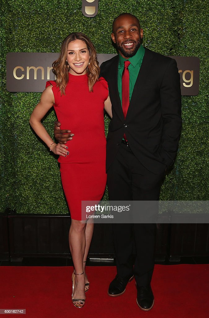 Dance For Kids Holiday Party : News Photo